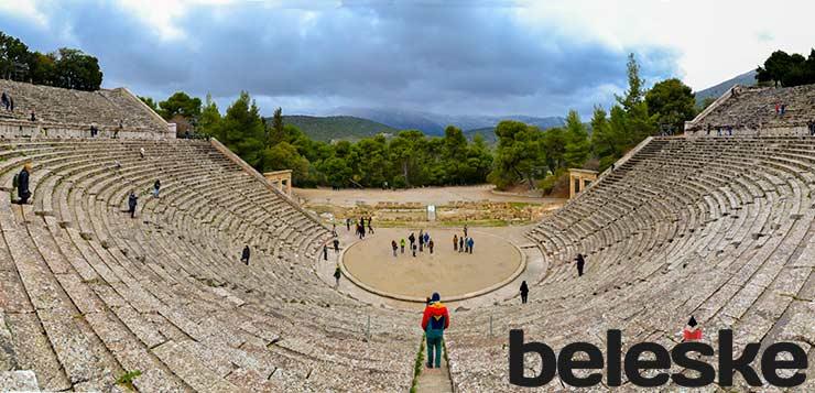 Kako se zaljubiti u Atinu u 10 koraka
