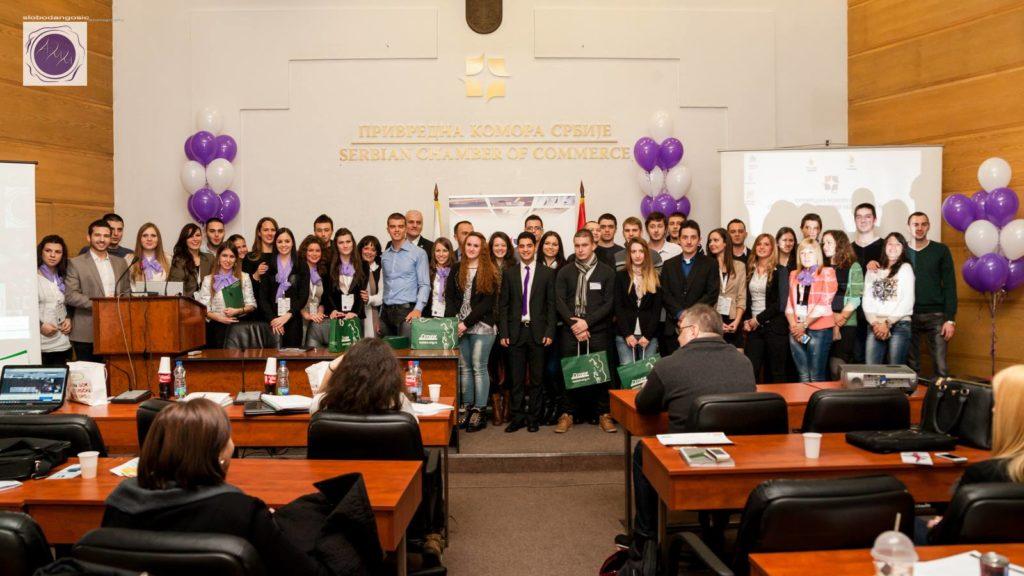 Org tim sa predavacima i prva tri mesta