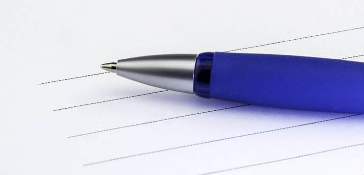 olovka na papiru