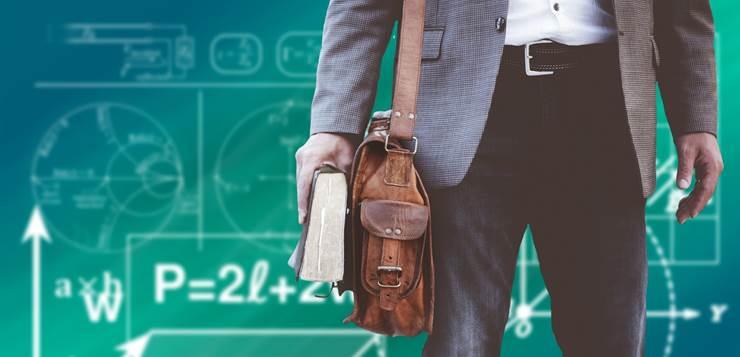 student sa torbom i knjigom