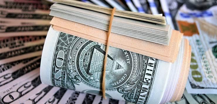 svežanj novca