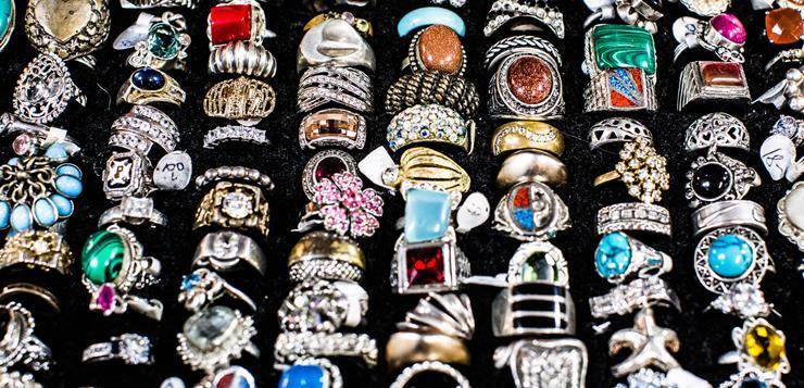 prstenje u kutiji