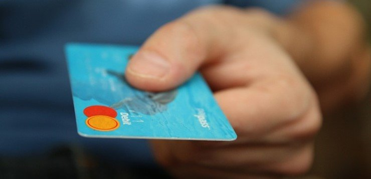 Binarne opcije kreditna kartica