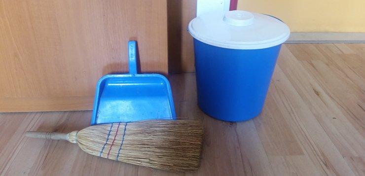 Higijena u studentskom domu - čiščenje laminata