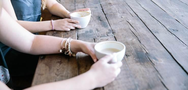 prijatelji na kafi
