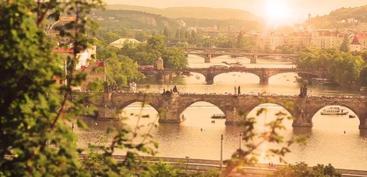 Mostovi u Pragu