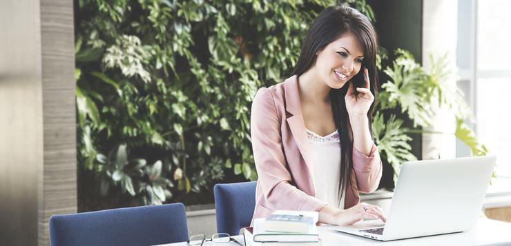Žena u kancelariji