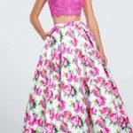Ljubičasta haljina iz dva dela za kruška tip tela