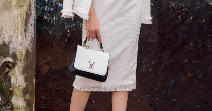 Elegantna torbica za maturu