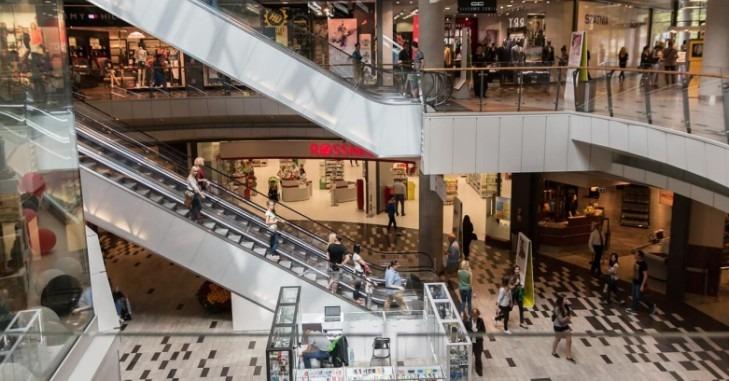 Pokretne stepenice u tržnom centru