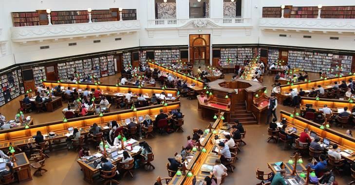 biblioteka na fakultetu