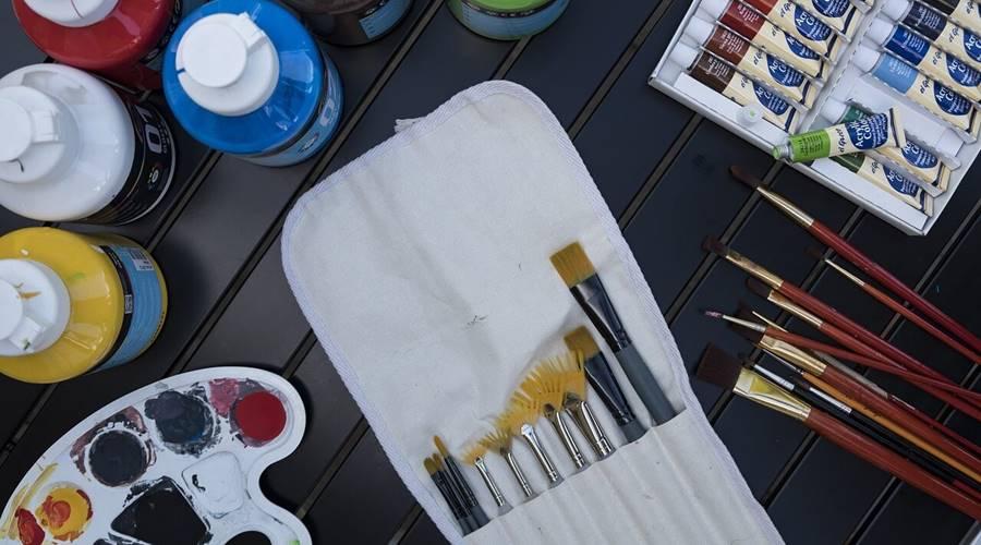Oprema za slikanje na platnu